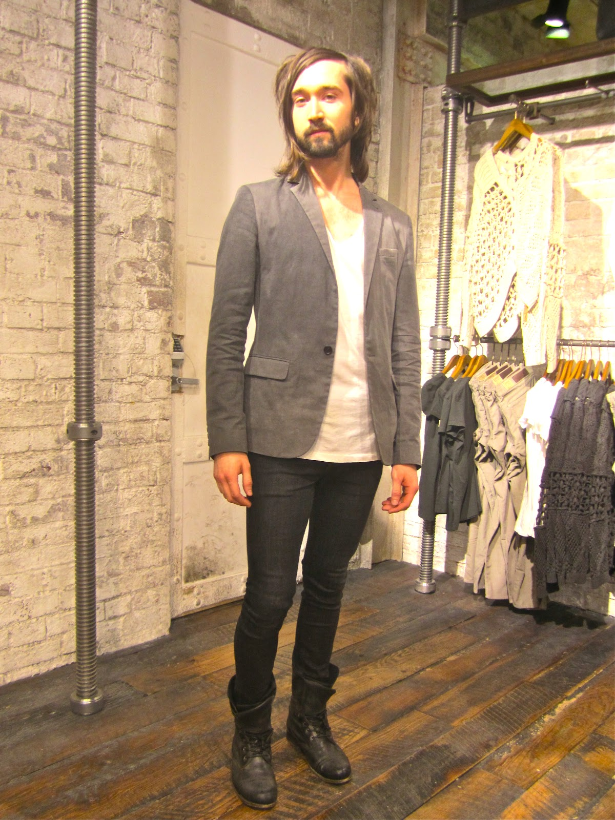 Skinny Mens jeans and shoes pictures