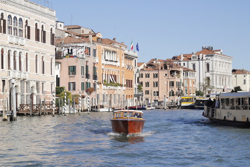 venice water transportation
