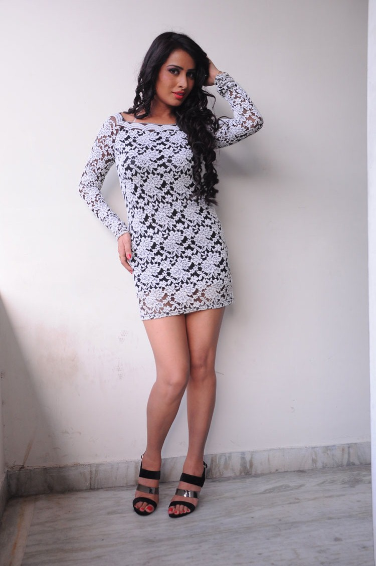 Ananya Thakur Gorgeous Photos in Skirt