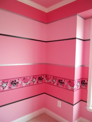 2 Using Variations Of The Same Paint Color Is Another Way To Come Up With A Successful Combination For Your Wall Stripes