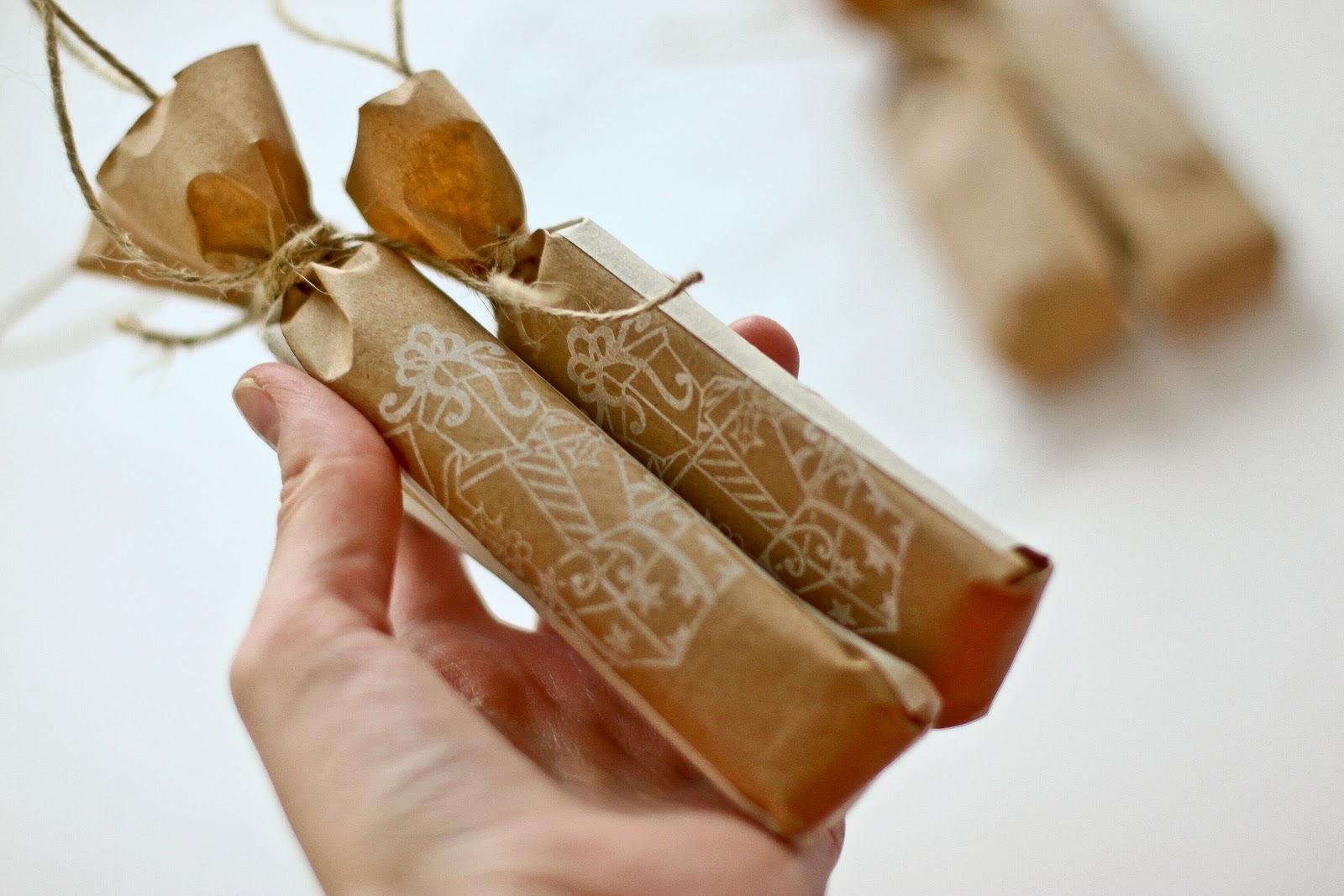 Для подарка упаковка конфета 33