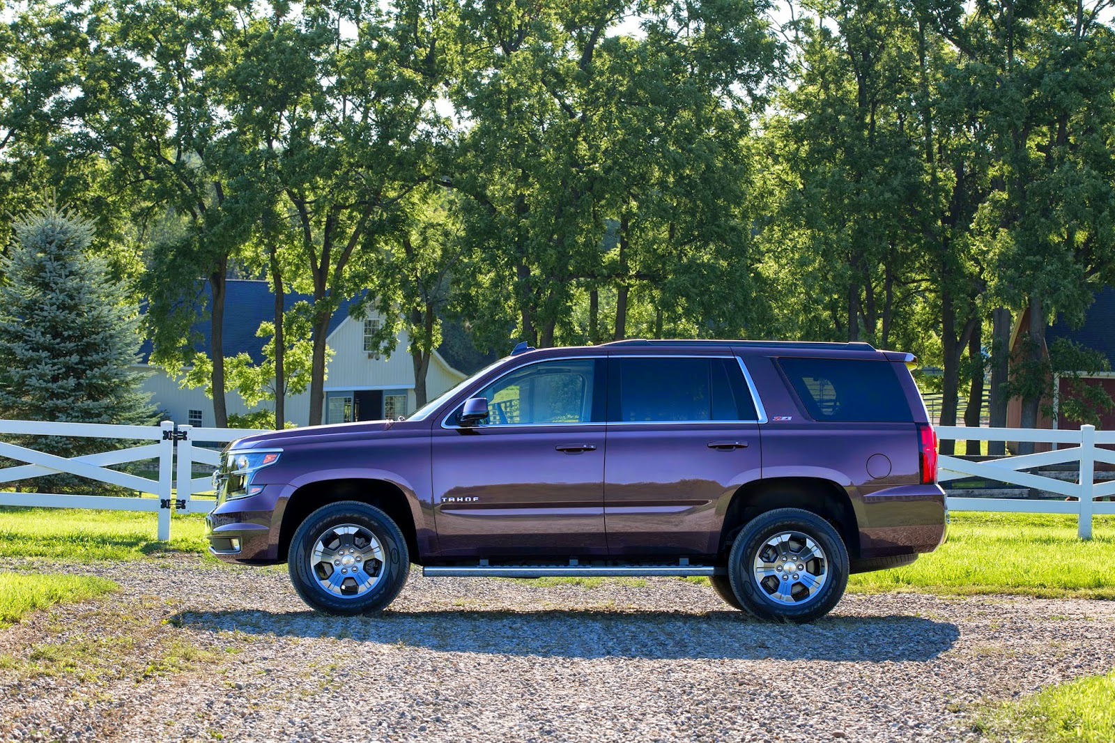 2015 Chevrolet Tahoe & Suburban Z71 Package Revealed
