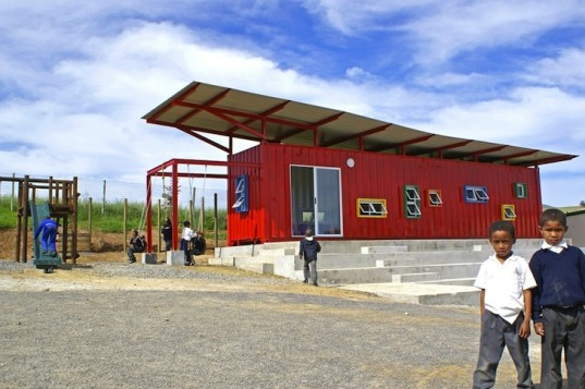 Cottonwood meadow a happy container school in s africa - Vissershok primary school shipping container classroom ...