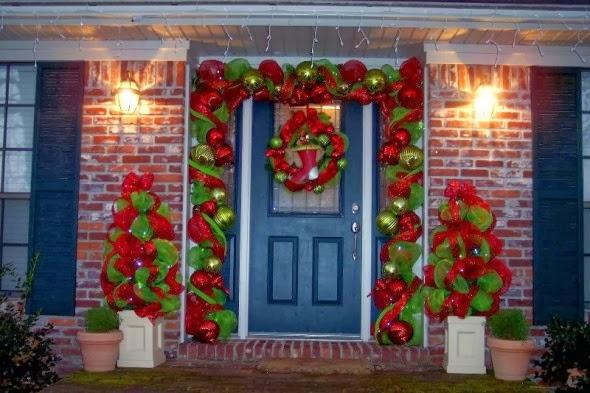 Como decorar puertas en navidad parte 3 for Decoracion en puertas de navidad