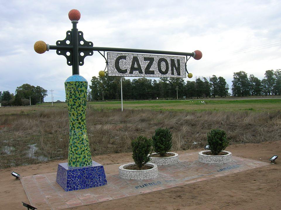 Acceso a Cazón desde ruta Nac. 205