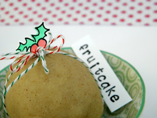 Tutorial for fruitcake scented homemade playdough.