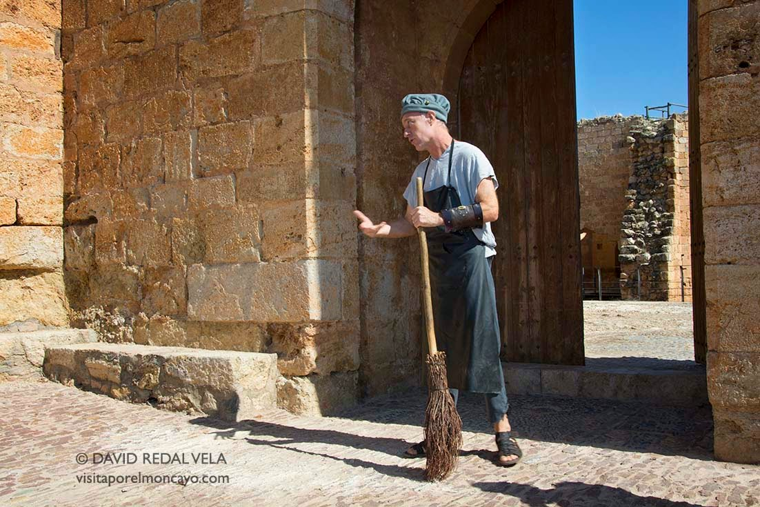 Los Navegantes Visita Teatralizada Castillo de Mesones de Isuela Comarca del Aranda