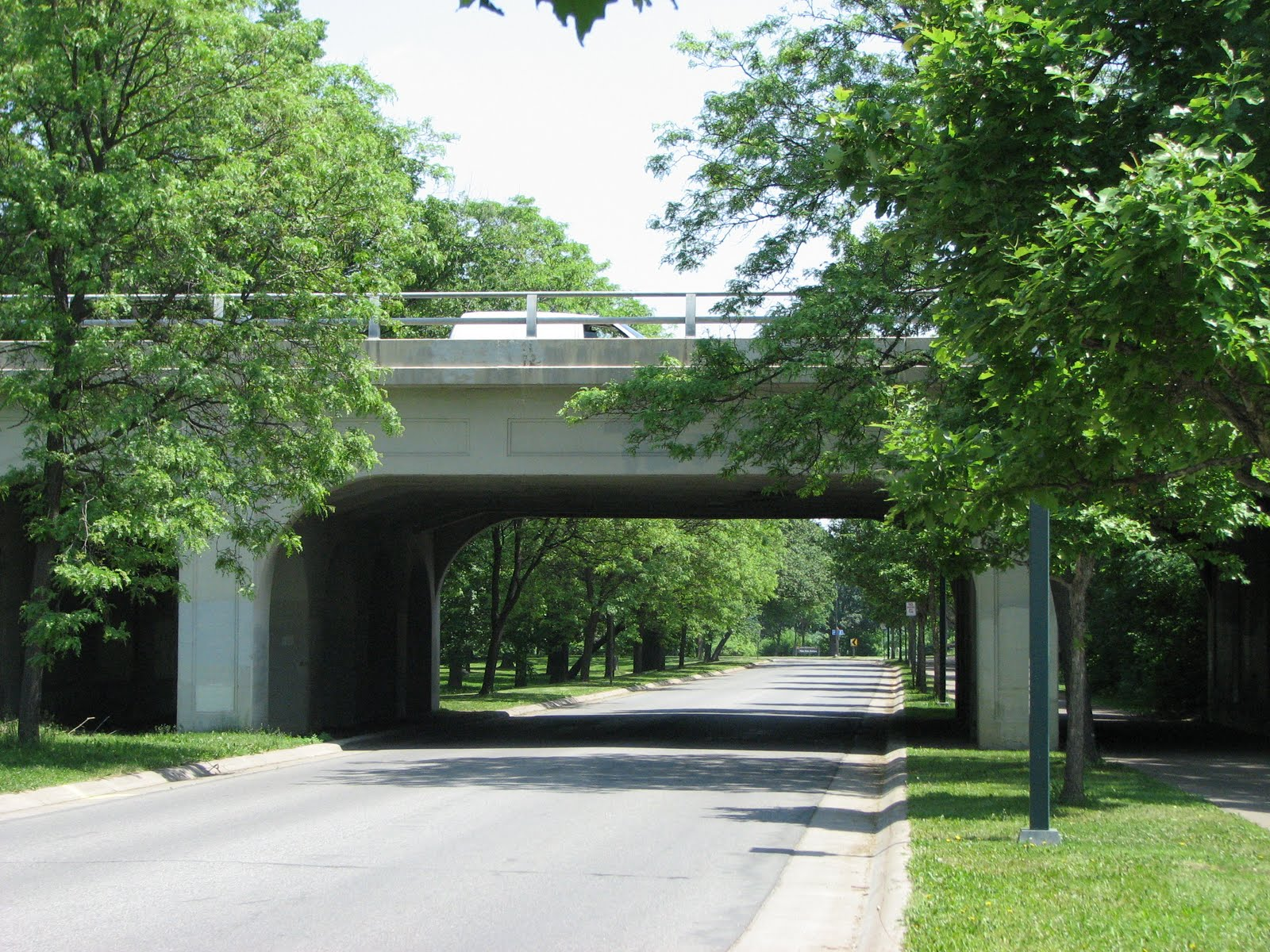 to The Ford Parkway Bridge