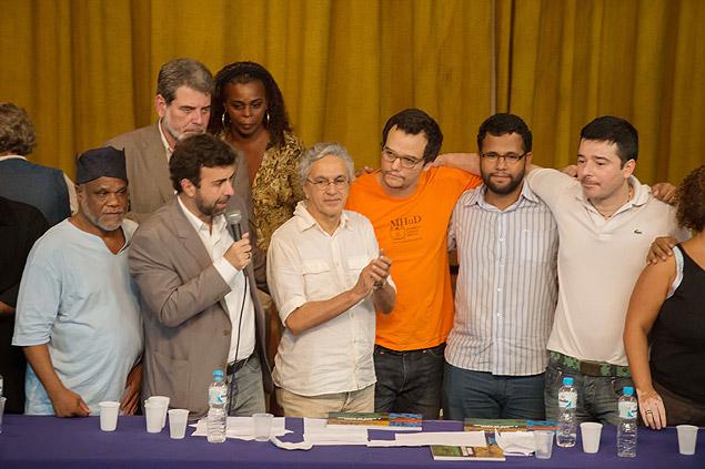 Protesto contra o pastor Feliciano reuniu no Rio artistas, políticos e representantes de movimentos sociais e religiosos (Foto: Celso Pupo/Fotoarena/Folhapress)