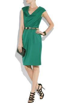 Vestido verde bolso rojo