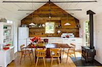 Foto de casa rústica de madera por dentro