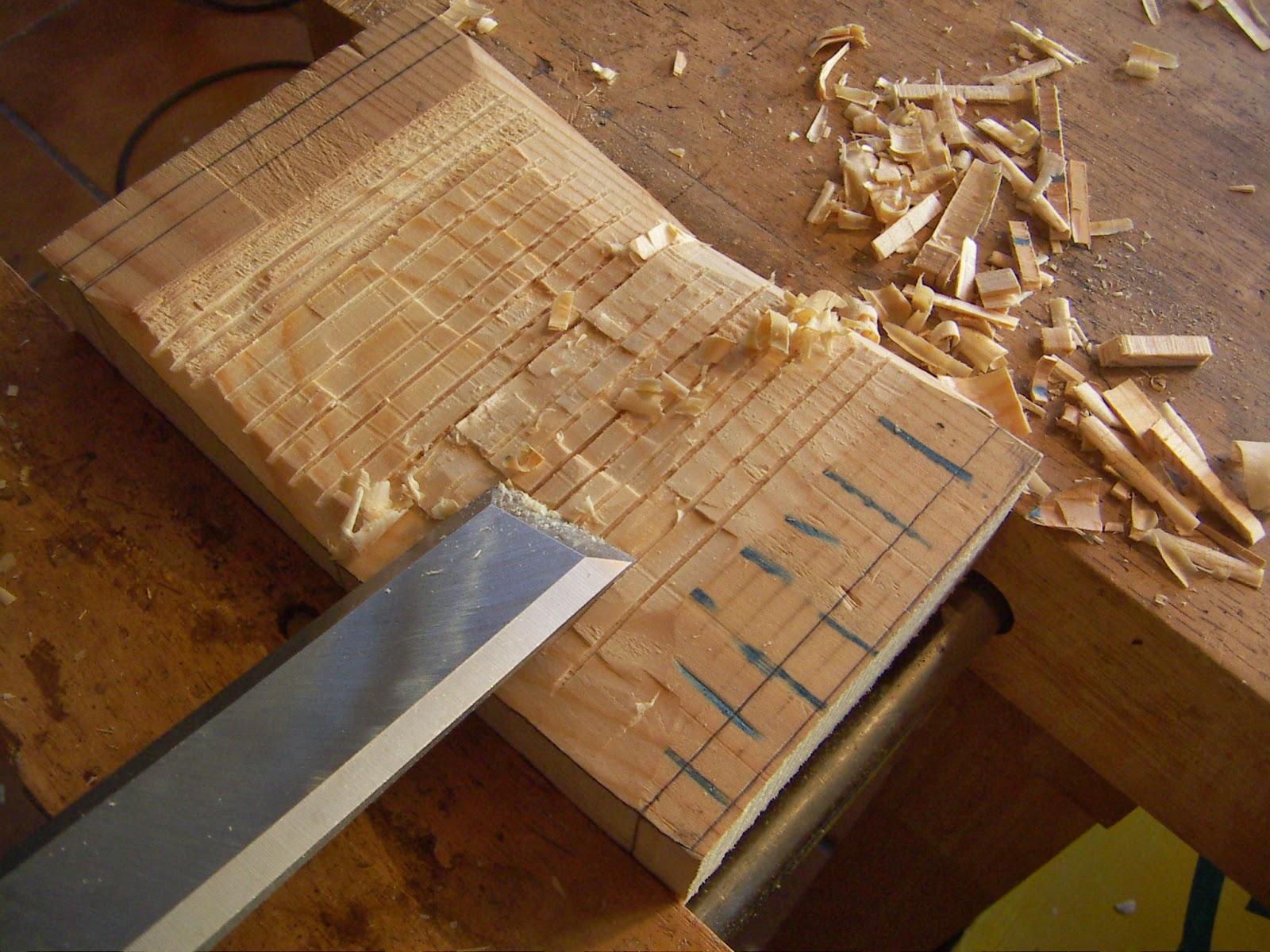 El rinc n de un aprendiz tallamos una polilla d for Polilla madera imagenes