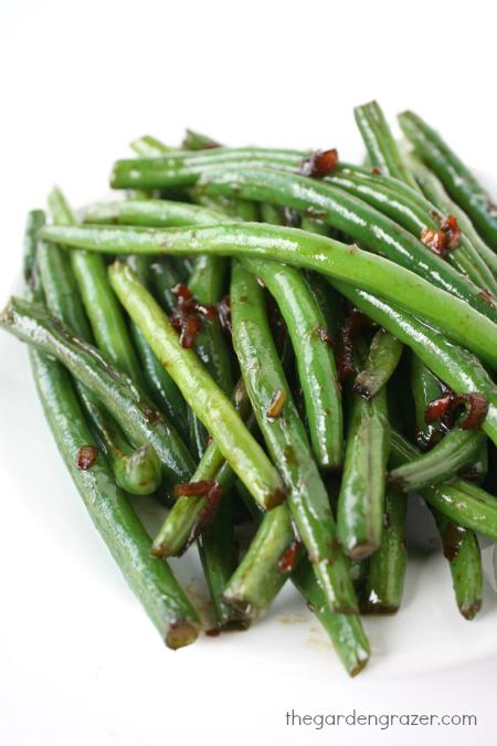 The Garden Grazer: Asian Garlic Green Beans