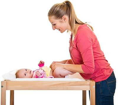 Useful Baby Diaper Changing Tips for Mother