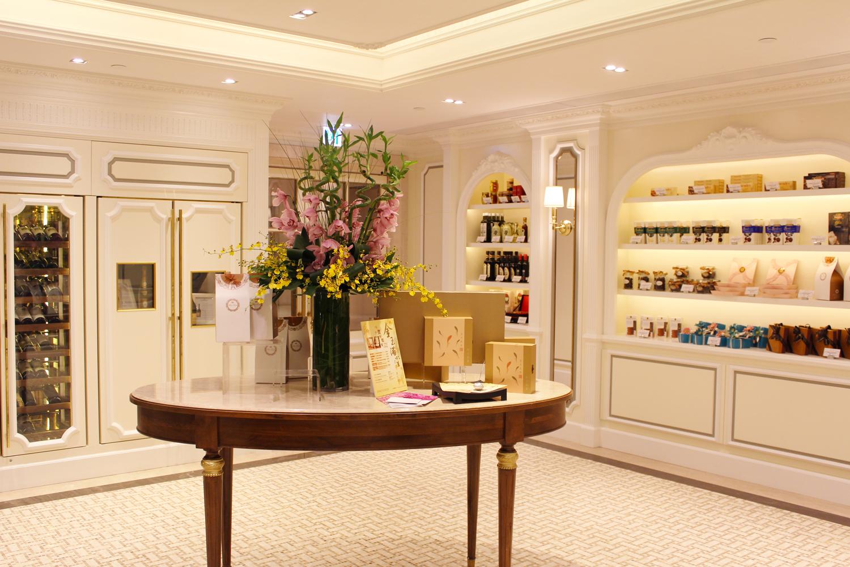 Xenia Olivia Fine Foods The Royal Gardens Cozy Cake Shop