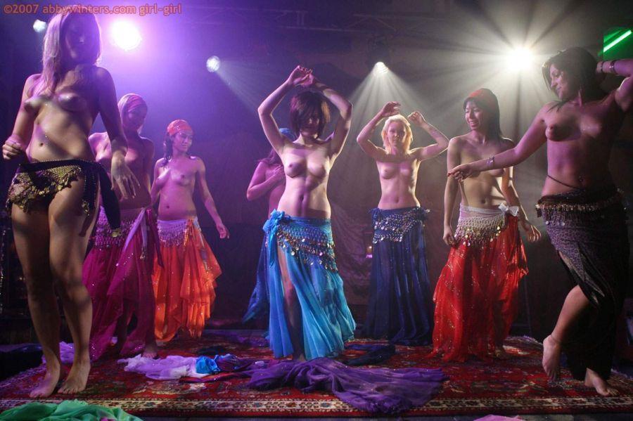фото эротических танцев