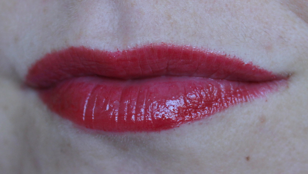 its a blue toned red shade that leans slightly on the pink side when applied to the lips but still gives juicy lips that ill be rocking a lot until the - Color Boost Bourjois