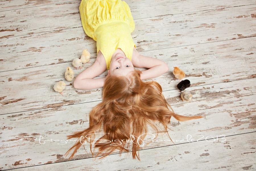 tydruk-tibudega-pildistamas-kollane-kleit