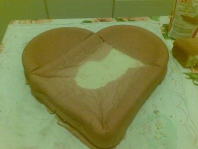 Il cuore della casa la cucina come fare una torta a for Isola cucina a forma di torta