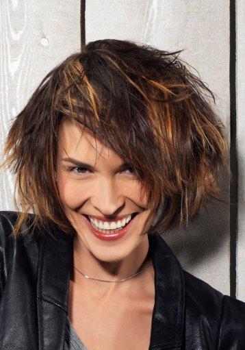 Meilleure coiffure tendance meilleure coupe de cheveux courts - Coupe carre plongeant destructure ...