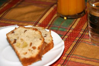 Recepta de pa de pessic amb fruits secs i poma ideal per esmorzar