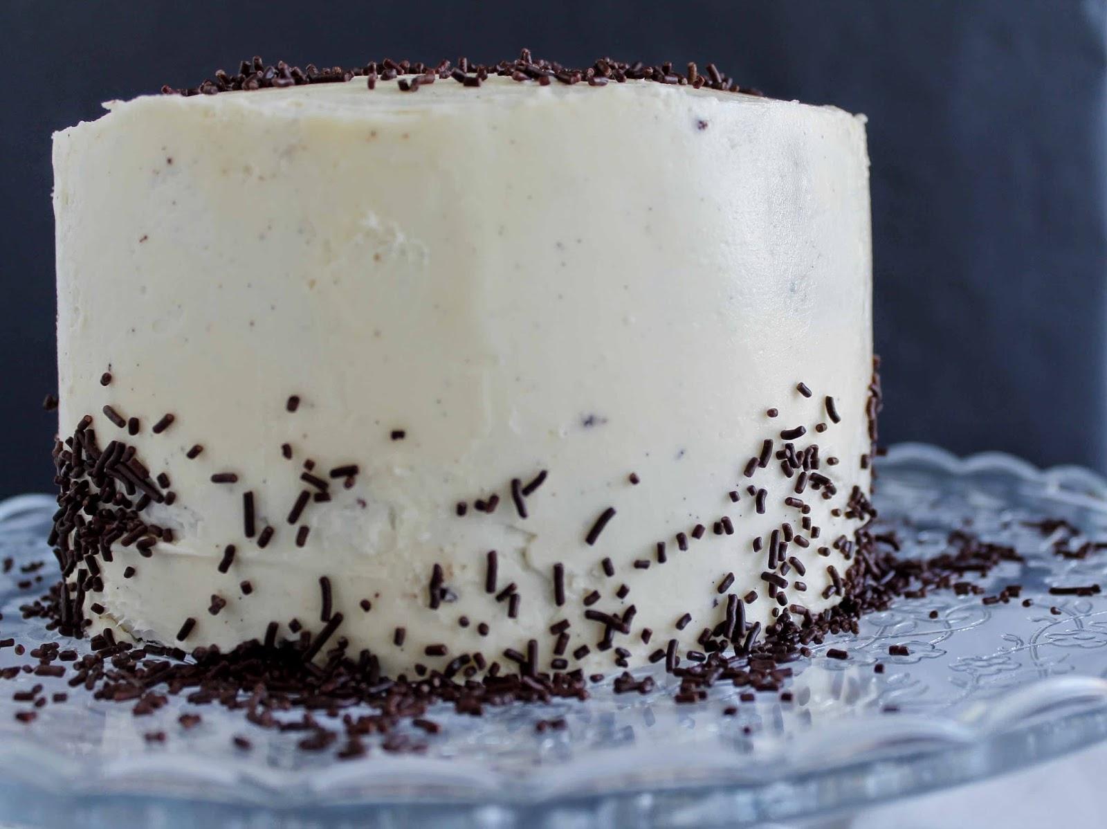 Receta Tarta de chocolate con mayonesa y buttercream de vainilla
