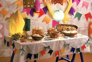 Mesa festa Junina com fogueira