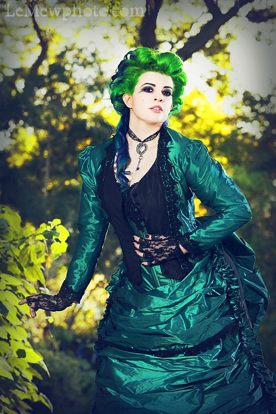 Green Black Gothic Steampunk Victorian Wedding Dresses