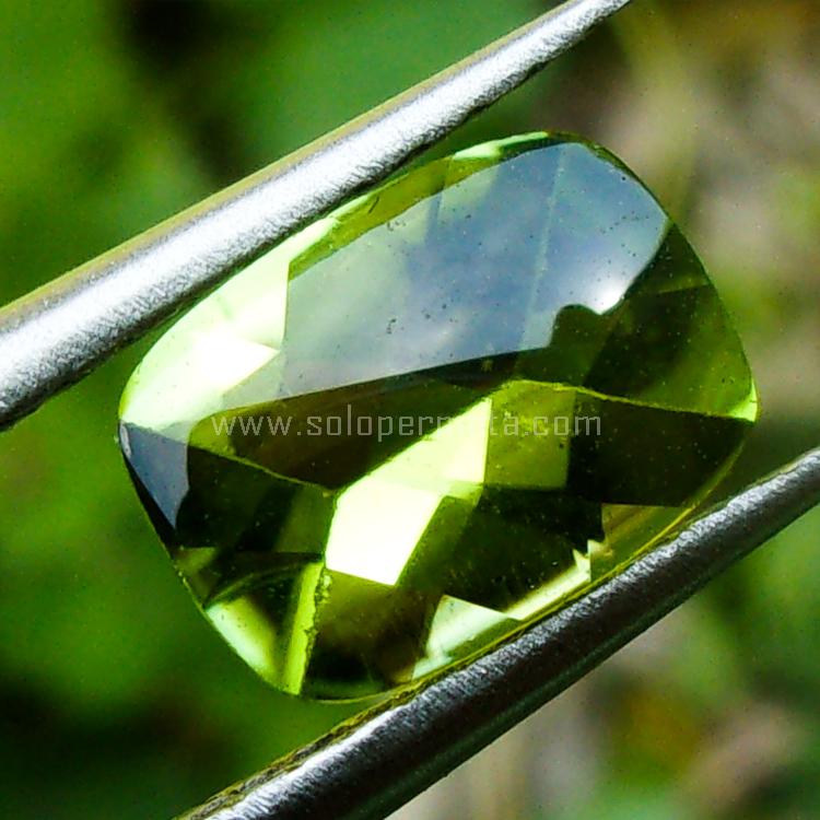 Batu Permata Green Peridot - SP842