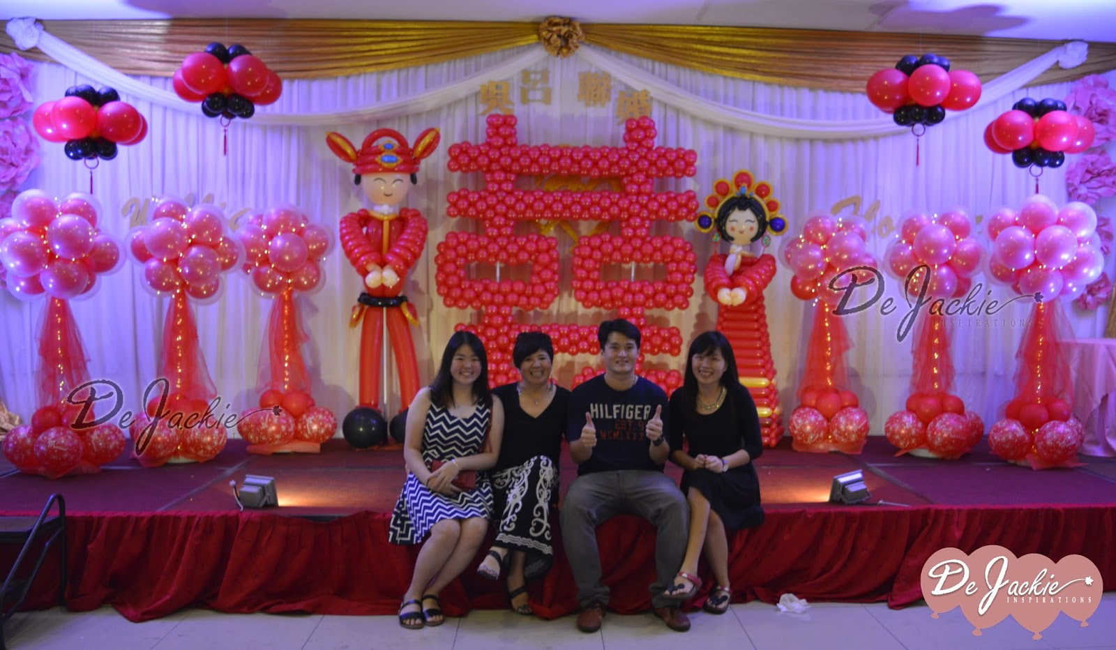Chinese Oriental Style Balloon Wedding Decoration Crown Square Kuching
