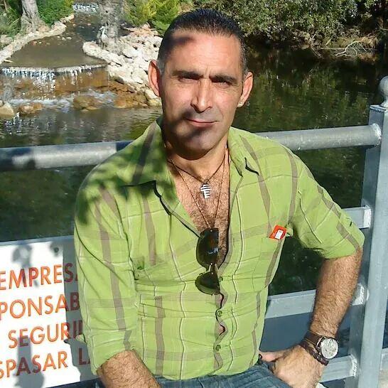 https://www.facebook.com/joseantinio.moreno