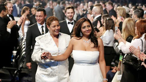 Grammy's mass wedding, 34 gay and straight couples get married