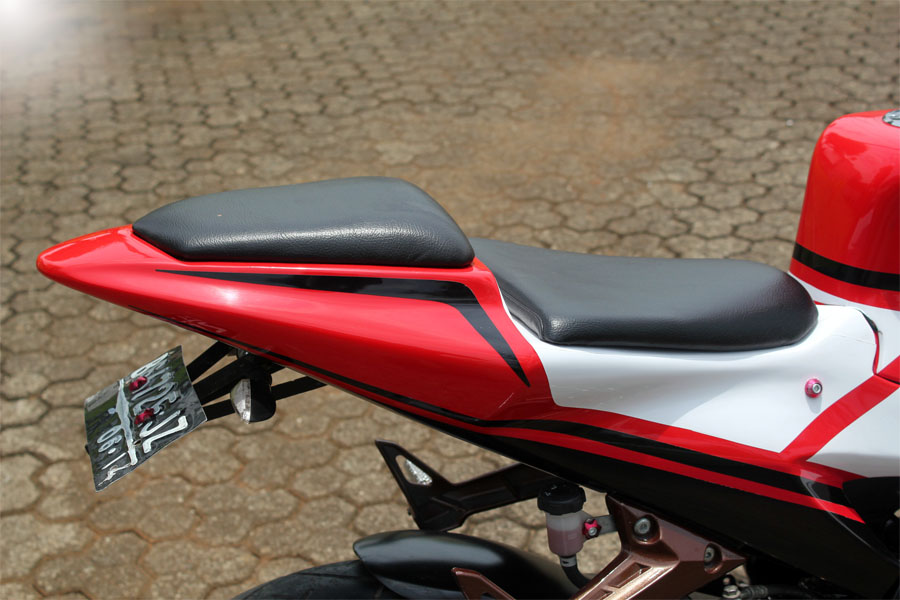 Modifikasi Yamaha Vixion YZR-M1 title=