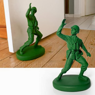 Awesome Doorstoppers and Coolest Doorstops (15) 4