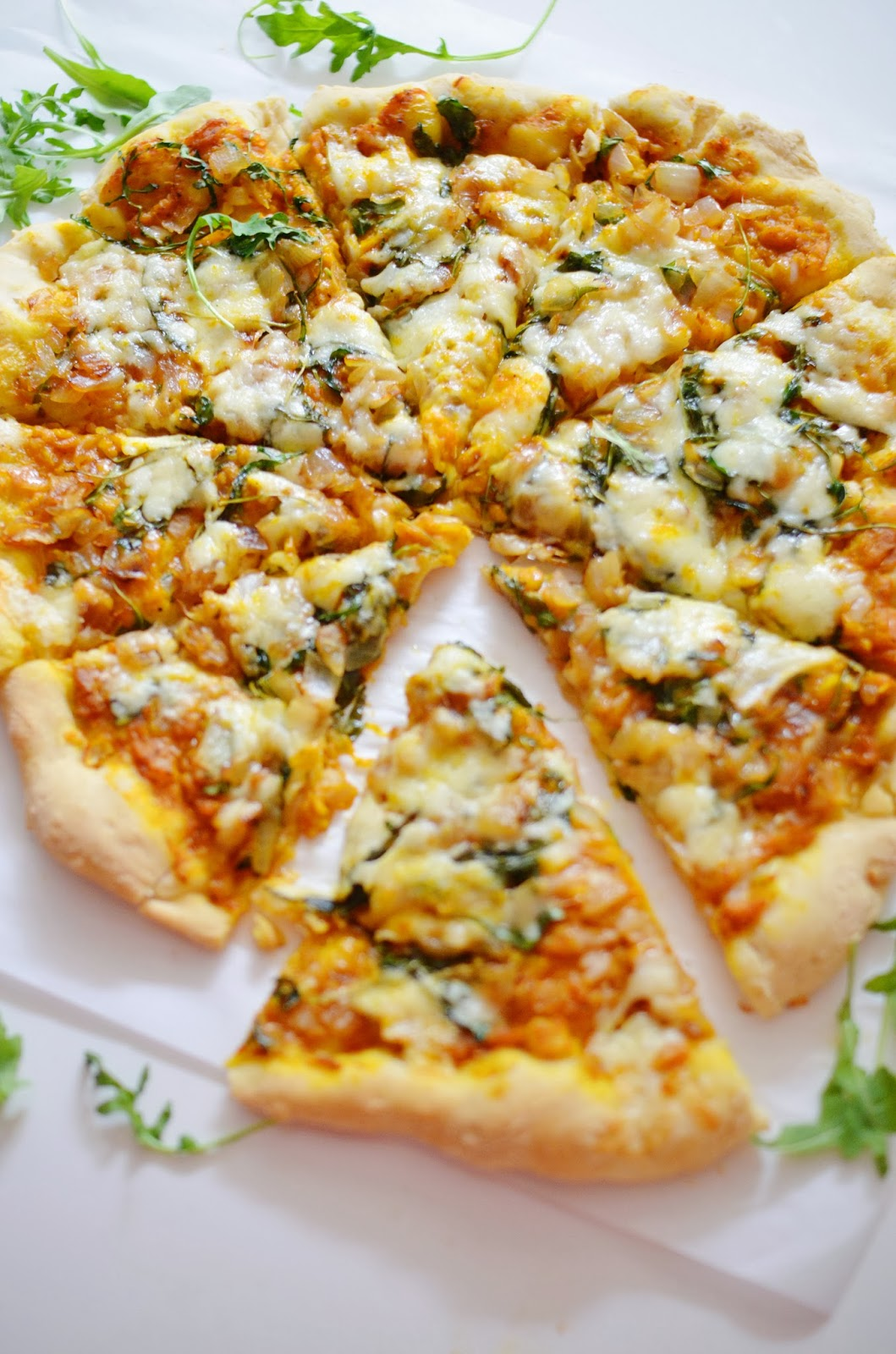 Savory Pumpkin Pizza | lovelolablog.com