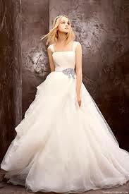 Bí quyết chọn áo cưới cho ngày cưới