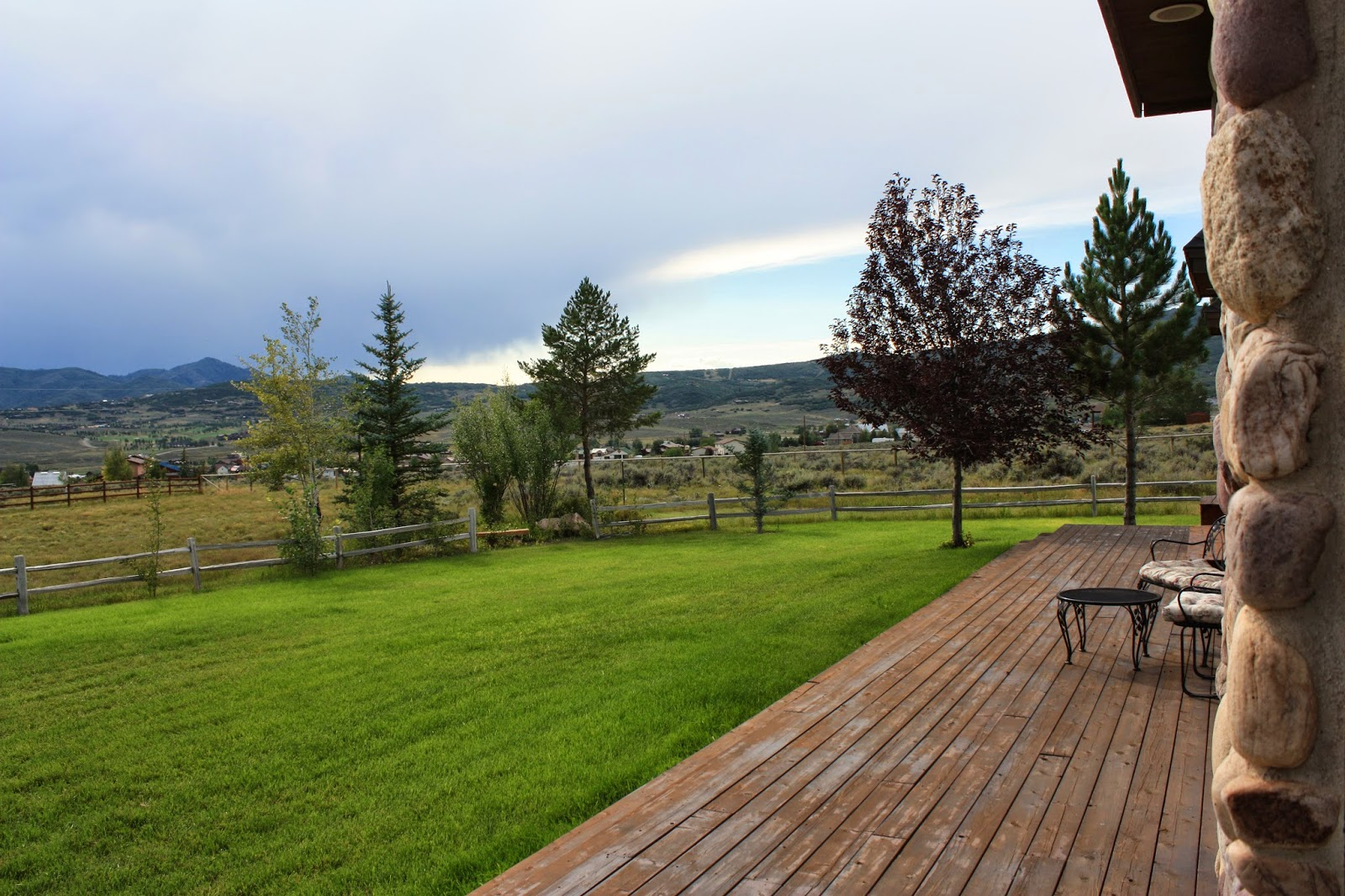 Park City Utah Ranch, Farm House, Green grass, Mountains