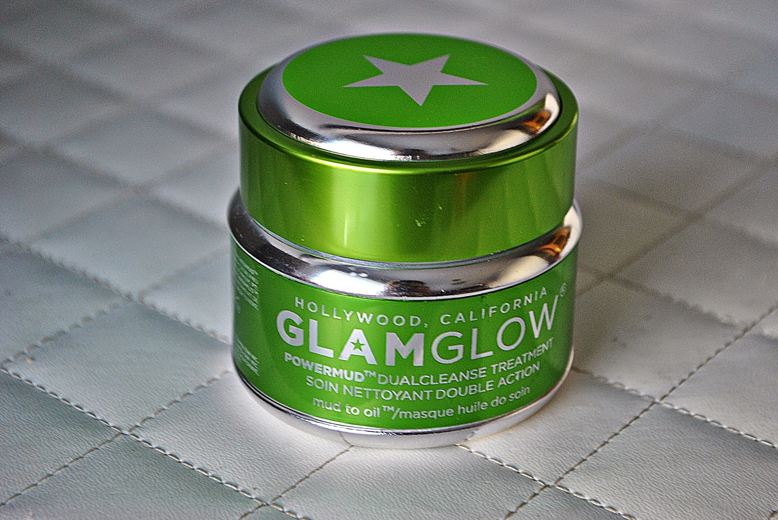 GLAM GLOW POWDER MUD DUAL CLEANSE TREATMENT
