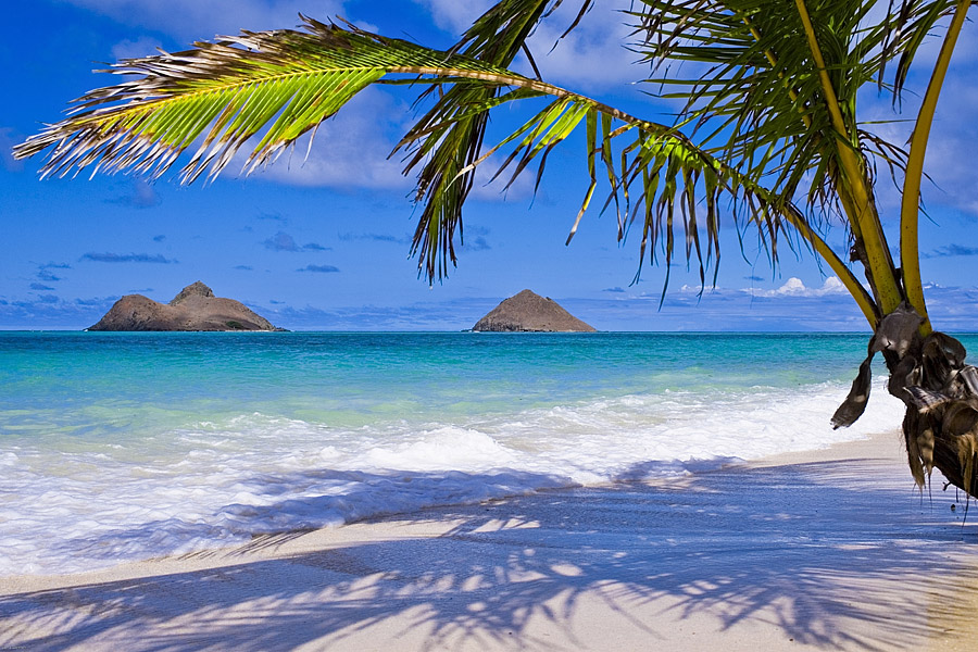 Which Hawaiian Islands Have The White Sand Beaches