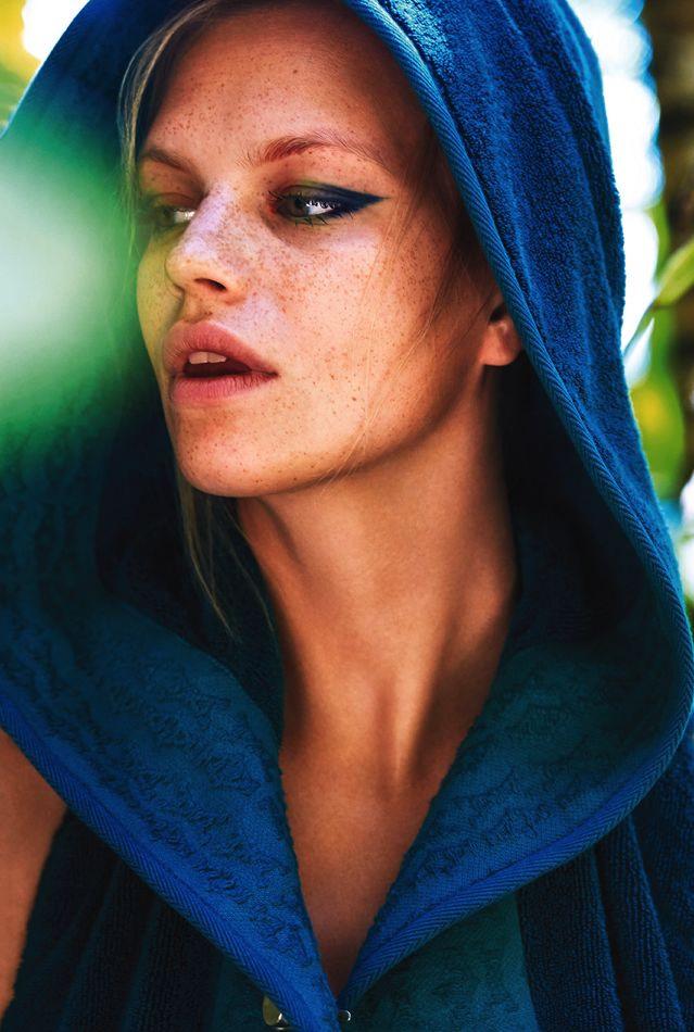 Nadine Leopold Nude Photos 58