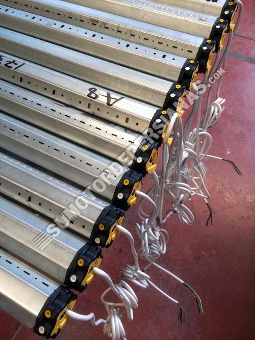 Trabajos de motor somfy lt50 con persianas lisas alta densidad - Motores para persianas precios ...