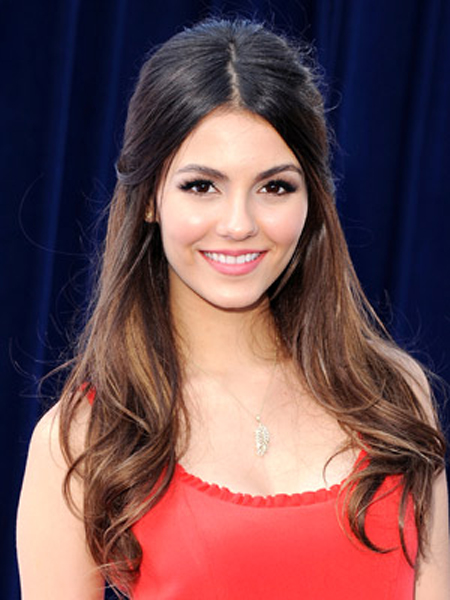 Victoria Justice Round Face Shape Hairstyles