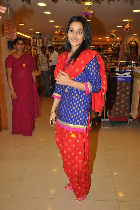 ritu barmecha at india shopping mall hot images