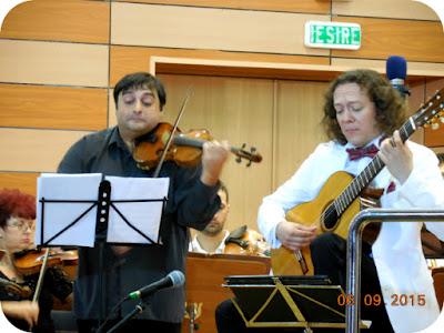 Vioara, chitara si orchestra