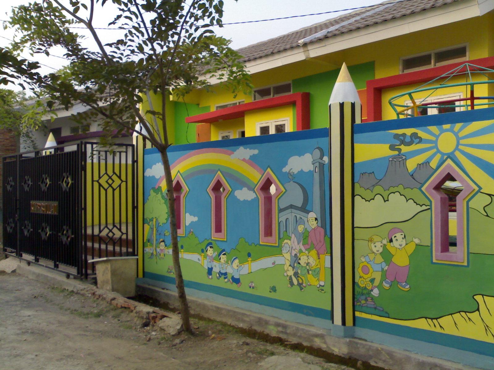 Tkit tpq baitul 39 aini maret 2012 for Mural untuk kanak kanak