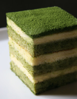 Tiramisu with green tea, Matcha Tiramisu Cake