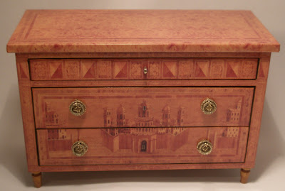 miniature commode with real marquetry