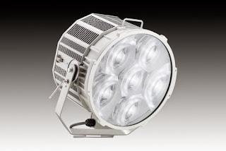 横浜スタジアム LED照明