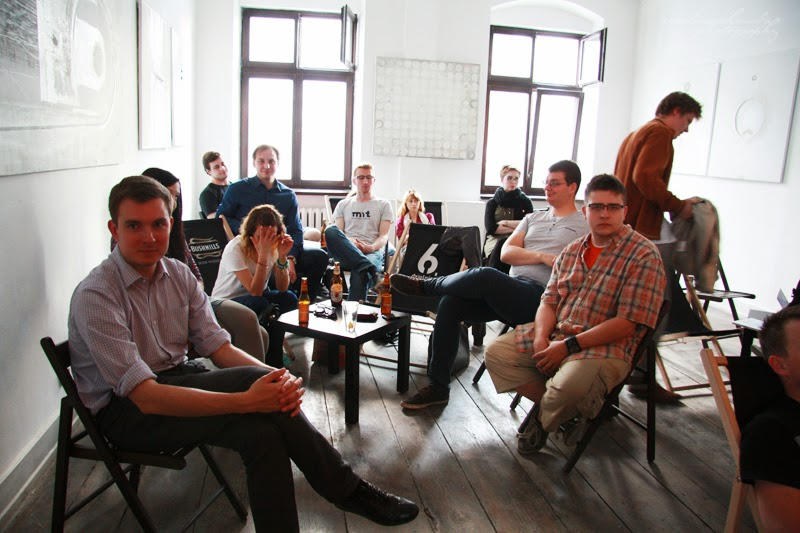 urodzinowe spotkanie Geek Girls Carrots Łódź, mezczyzni, kobiety, publicznosc, 6 dzielnica