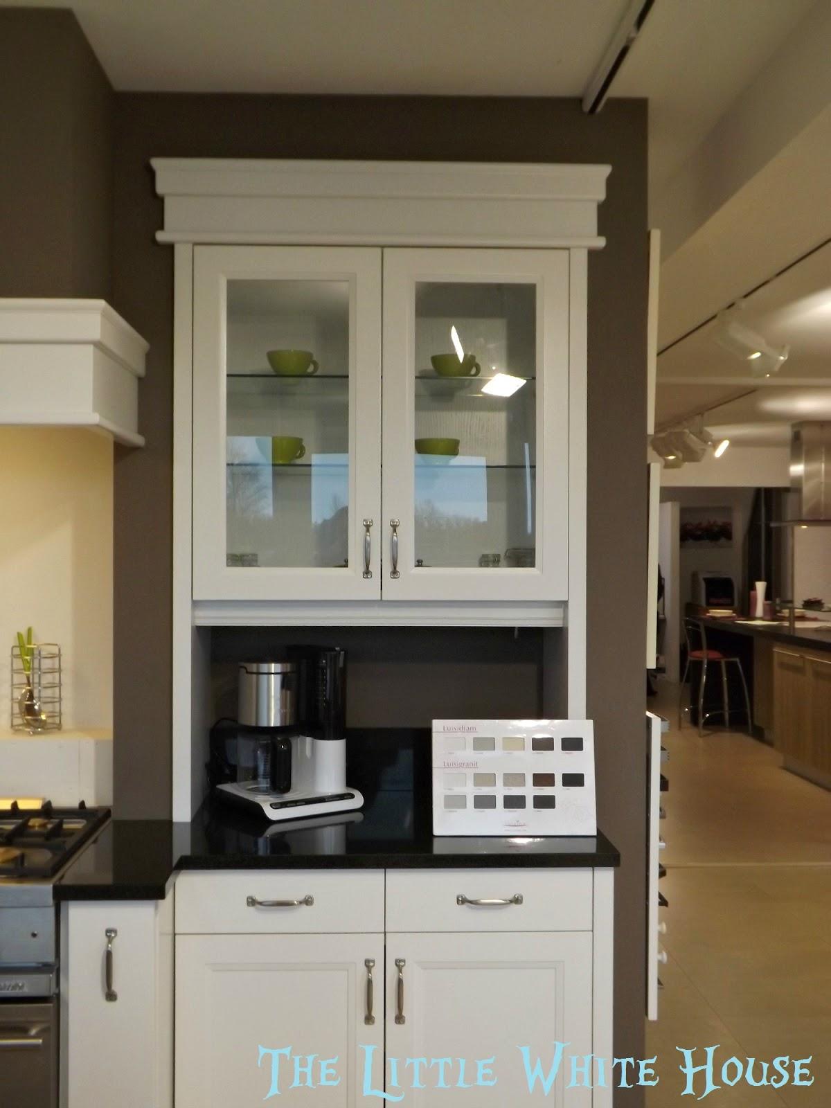 plan de renovation maison. Black Bedroom Furniture Sets. Home Design Ideas